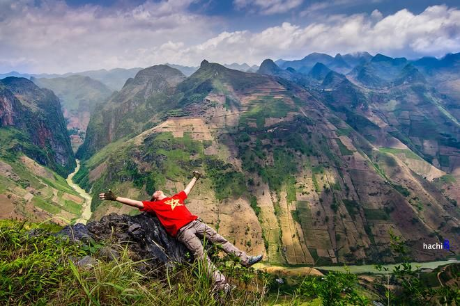 Beatiful place in Ha Giang just cover by Vietnamese